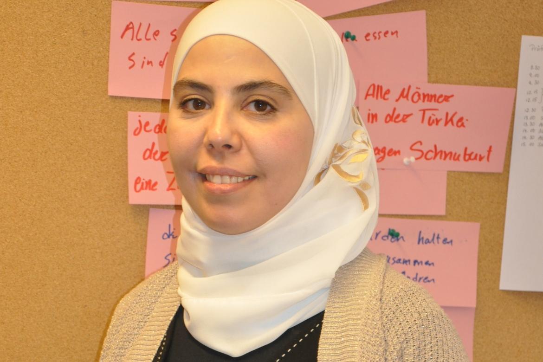 Ahoi Hamburg - Die ehrenamtliche Multiplikatorin Dania Yakoub hilft anderen Geflüchteten
